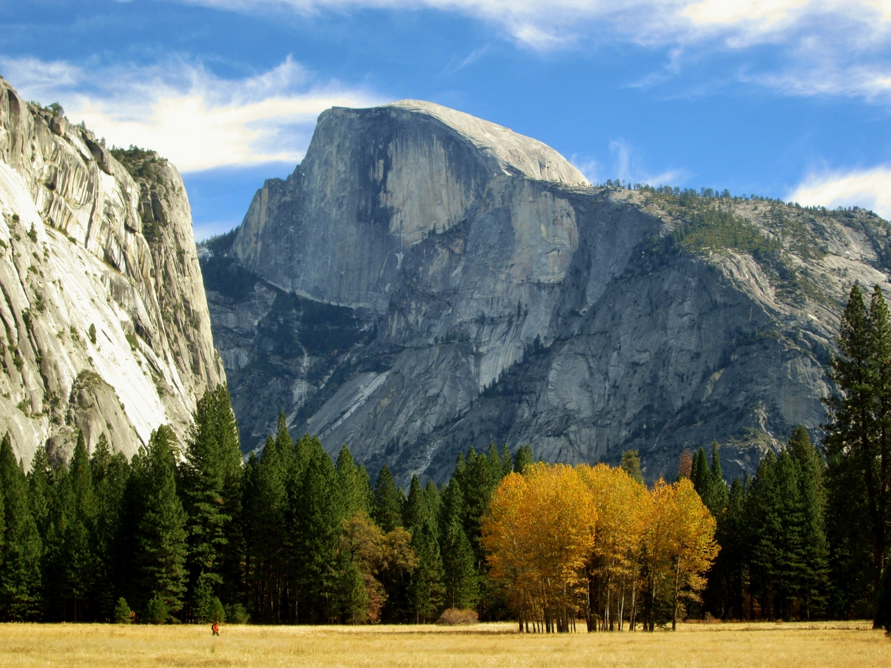 Half Dome in Autumn photo by Pixabay